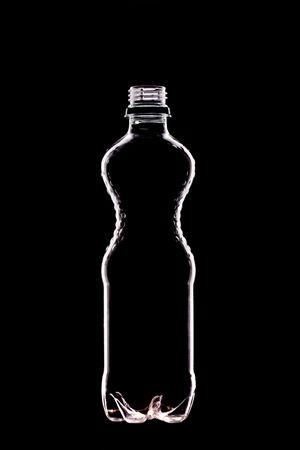 teknik: empty water bottle on black - backlit technique