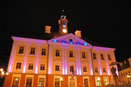 Tartu town hall at night Standard-Bild