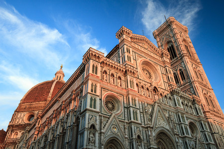 alte: Cathedral of Saint Mary of the Flowers, the main church in the famous capital of Tuscany, in Italy
