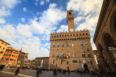 pilasters: Florence, January 2017: Time lapse of tourists that walking in Piazza della Signoria, the famous square in front of Old Palace (Palazzo Vecchio) , on January 2017 in Florence, Tuscany, Italy