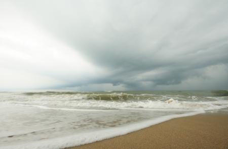 Strom: Sea Beach with cloud strom background