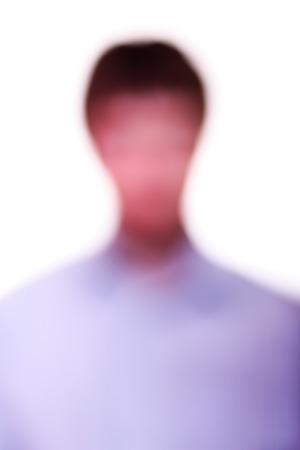 violation: contorno borroso hombres blancos. Violación en la visión o en el cerebro. Enfermedad mental. percepción equivocada del mundo