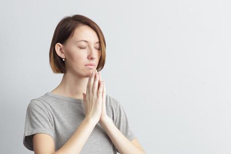 Mediteren of een wens, probeert te kalmeren. Stockfoto