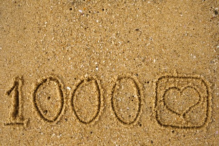 button like 1,000 time like a drawing on sand. Success in video blogging.