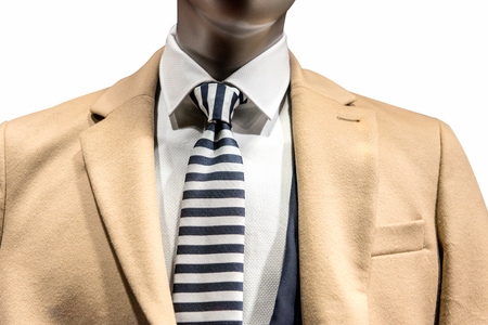 남자 노란색 우아한 코트 매장 쇼핑을 입고 더미 스톡 콘텐츠
