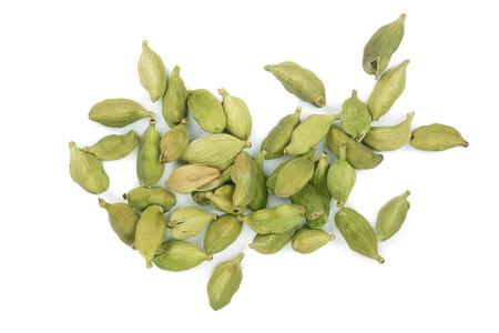 白い背景に分離された緑のカルダモンの種子。トップビュー。平らに横たわる 写真素材 - 94809086