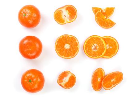Agrumes mandarine, mandarine isolé sur fond blanc. Vue de dessus. Mise à plat