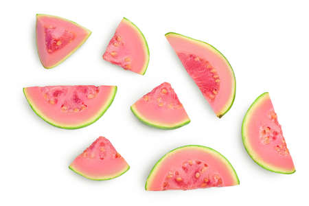 Guava fruit slices isolated on white background with and full depth of field. Top view. Flat lay Banque d'images