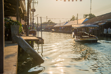 amphawa: amphawa floating market in thailand  Stock Photo