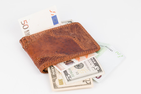 looting: Purse with banknotes