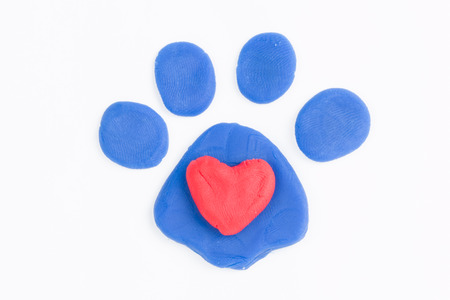 Plasticine paw and heart
