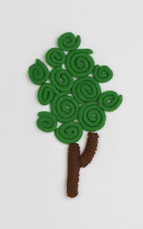 arbre fruitier: arbres fruitiers des enfants en p�te � modeler lumineux Banque d'images