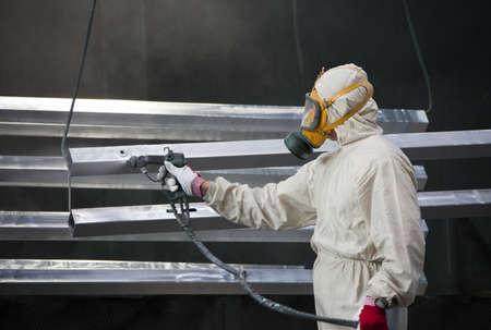pintor: pintor dise�os de pintura de metal con aer�grafo