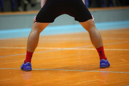 elasticity: Las piernas de deportista en pantalones cortos interiores balck