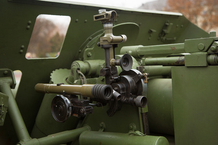 prompting: mechanism of prompting of an artillery field-gun