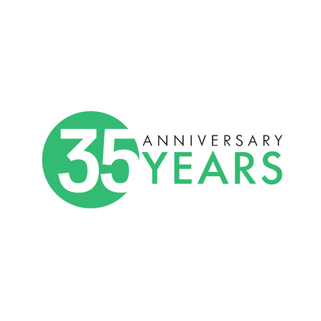 35 years old round logo. Anniversary year of 35th vector key numbers. Greetings, ribbon, celebrates. Logó