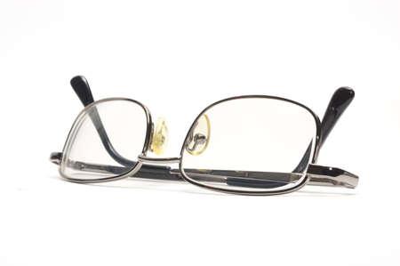 Gafas aislados sobre fondo blanco