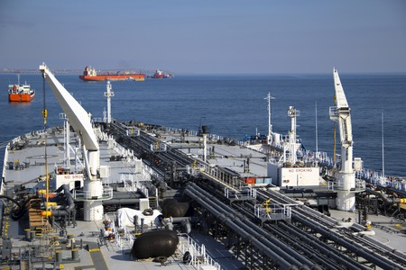 deck and pipelines supertanker photo