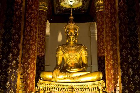 Golden Buddha in ayutthaya photo
