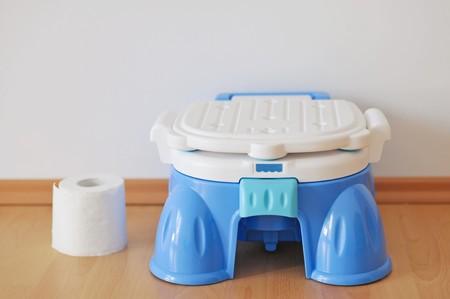 vasino: Formazione blu moderna pentola e rotolo di carta wc