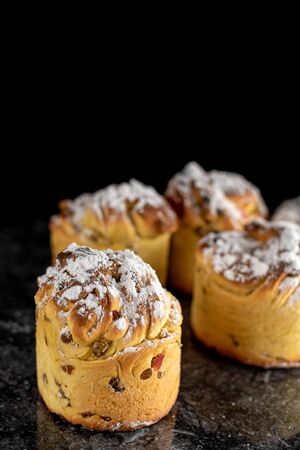 The modern baking trend of the year is puffmuffin, a mix of croissants and cupcakes