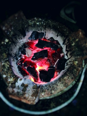 grill: Charcoal fire is hot, food Stock Photo