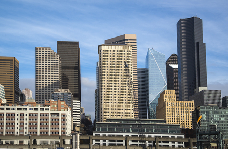 Seattle downtown skyline at sunny day with modern buildings 版權商用圖片