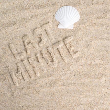 Last minute feel the sand beneath your feet Imagens - 40920130
