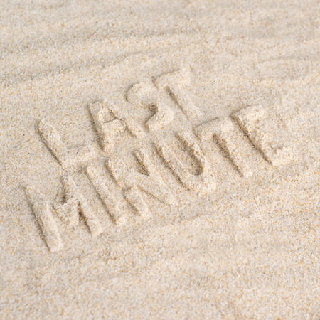 Last minute beach holiday Imagens - 40920201