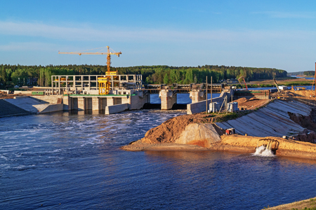 hydroelectric power station: Construction of Vitebsk hydroelectric power station. Gateway construction for river ships.