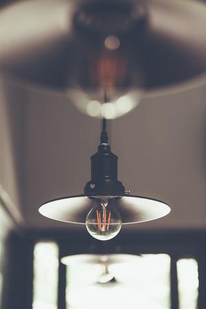 装飾アンティーク エジソン led ライト スタイル フィラメント電球、ライト、色ビンテージ スタイル、タイをオフに