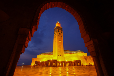 Hassan II Mosque during the twilight in Casablanca, Morocco Banco de Imagens