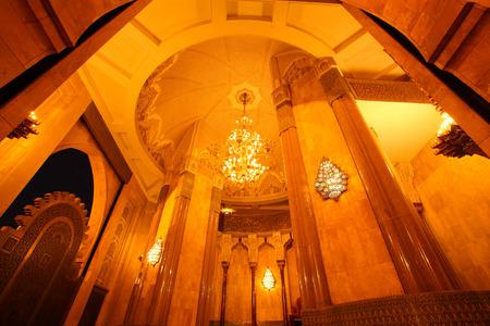 ハッサン 2 世モスクのカサブランカ、モロッコ、アフリカのたそがれ時の大聖堂 報道画像