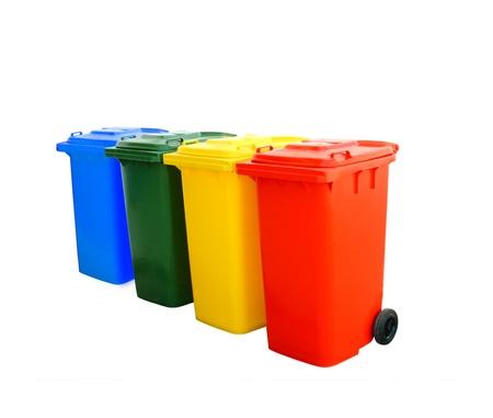 Rojo, azul, verde y amarillo, papeleras de reciclaje aislados Foto de archivo - 10567798