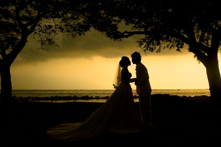 Wedding couple silhouette at strom