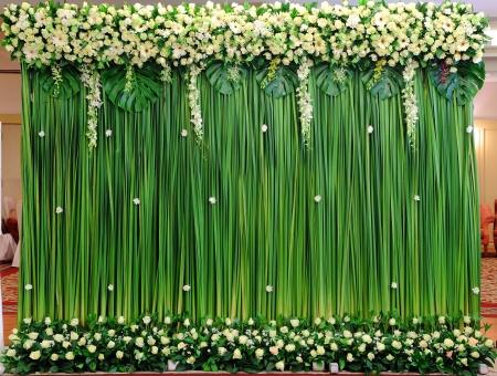 wedding backdrop: Verde disposizione sfondo fiori per la cerimonia di nozze Archivio Fotografico