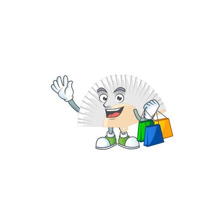 Un felice e ricco ventaglio pieghevole cinese bianco che saluta e tiene in mano la borsa della spesa