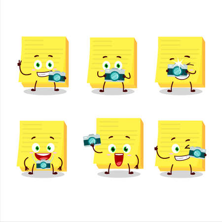 Photographer profession emoticon with sticky notes yellow cartoon character Stockfoto - 152700030