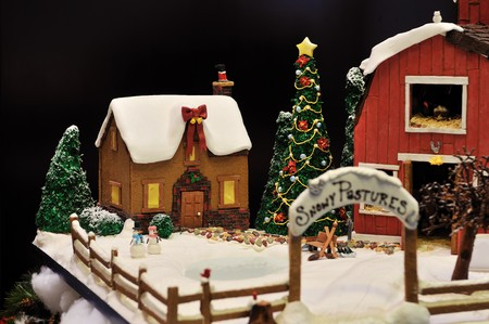 gingerbread: Gingerbread farmhouse and barn