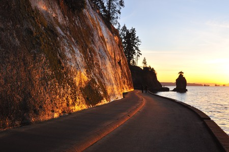 stanley: Siwash rock at sunset, Stanley park, Vancouver