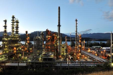 british  columbia: Oil refinery at night, Burnaby, British Columbia, Canada