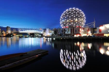 밴쿠버 과학 세계와 밤 BC 경기장