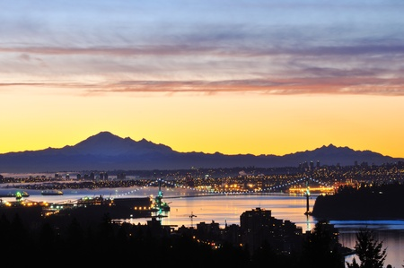 mount baker: Downtown Vancouver and Lions Gate Bridge at sunrise, viewed from Cypress Mountain lookout
