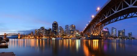 그랜빌 브리지와 다운타운 밴쿠버, 브리티시 컬럼비아