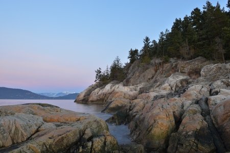 vancouver island: Point Atkinson Lighthouse Park West Beach in the morning Stock Photo