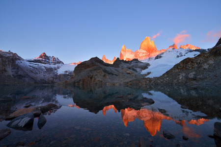 fitz roy: Laguna de Los Tres and mount Fitz Roy, Dramatical sunrise, Patagonia, Argentina