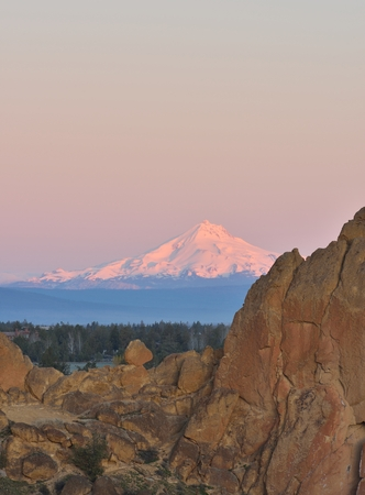 mount jefferson: Smith Rock and Crooked River at sunrise, Oregon