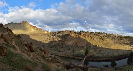 smith rock: Smith Rock State Park, Central Oregon, USA Stock Photo