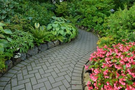 begonia: Flower Garden walkway in Butchart Gardens Stock Photo