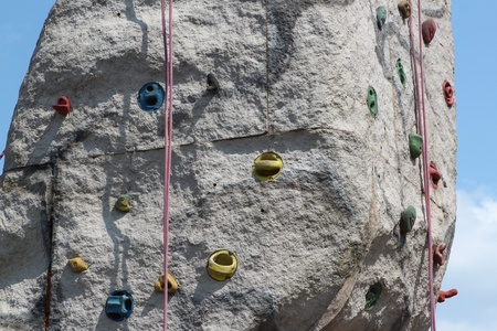 artificially: Artificial climbing rock with rope